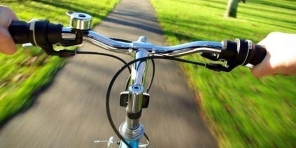 Megépült a Szolnok és Tószeg közötti kerékpárút első szakasza