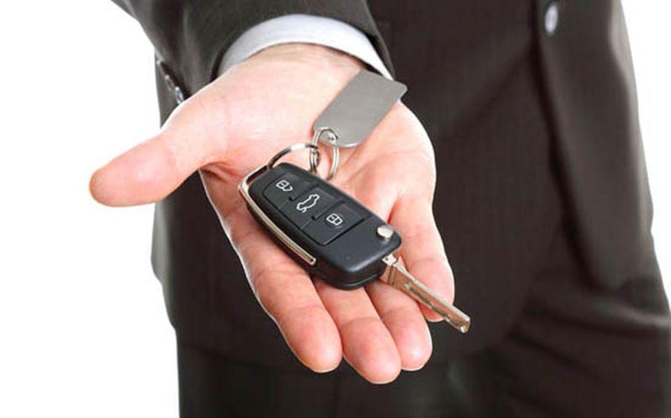 Szolnok megyei rendőrök nyomoznak a hamis autókölcsönzők ügyében