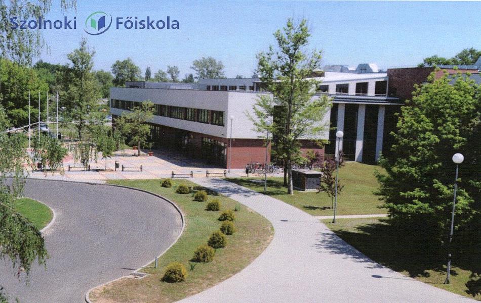 Megalakult a Szolnoki Főiskola konzisztóriuma