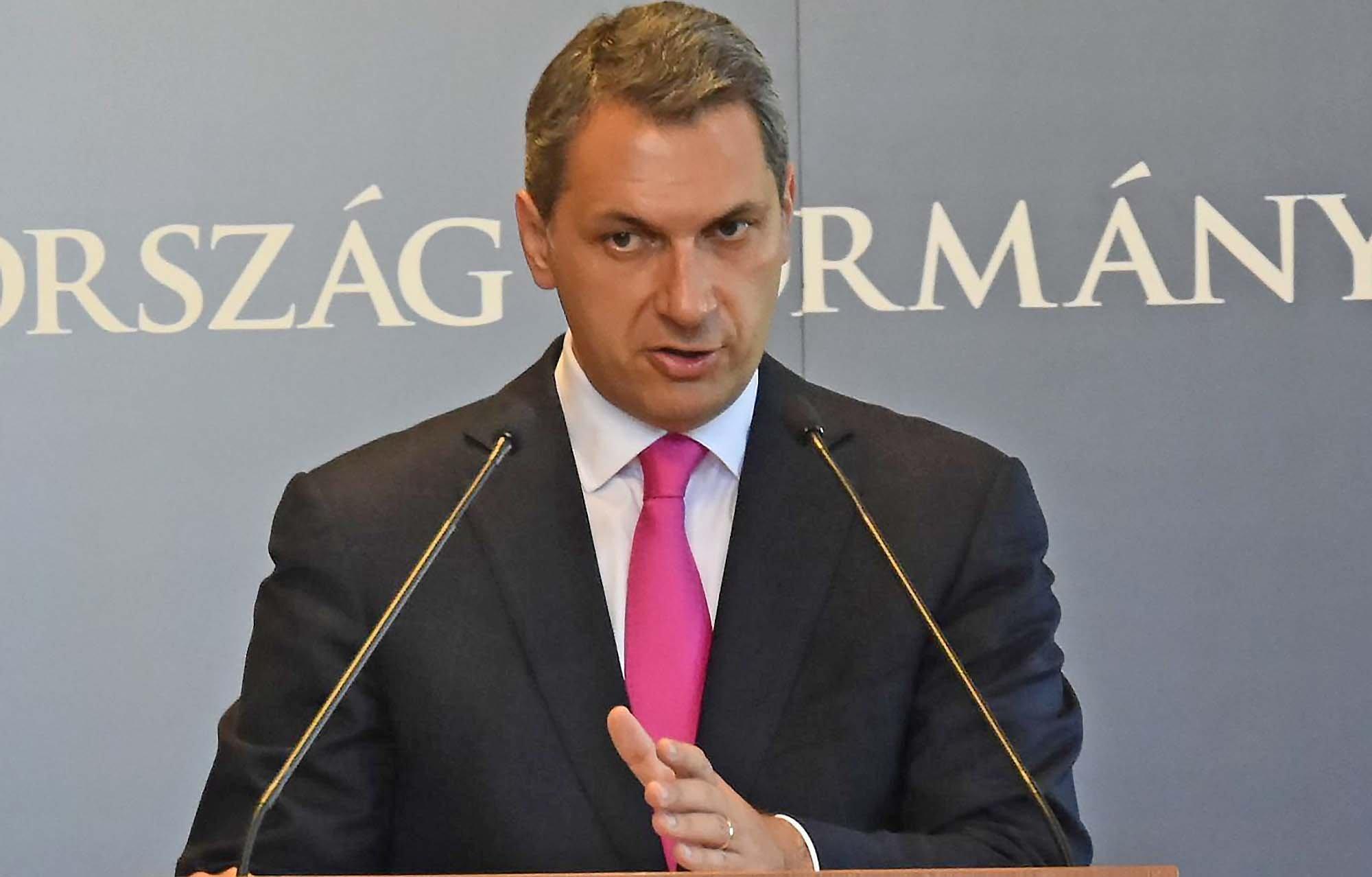 45 ezer migránst kívánnak Magyarországra visszatoloncolni