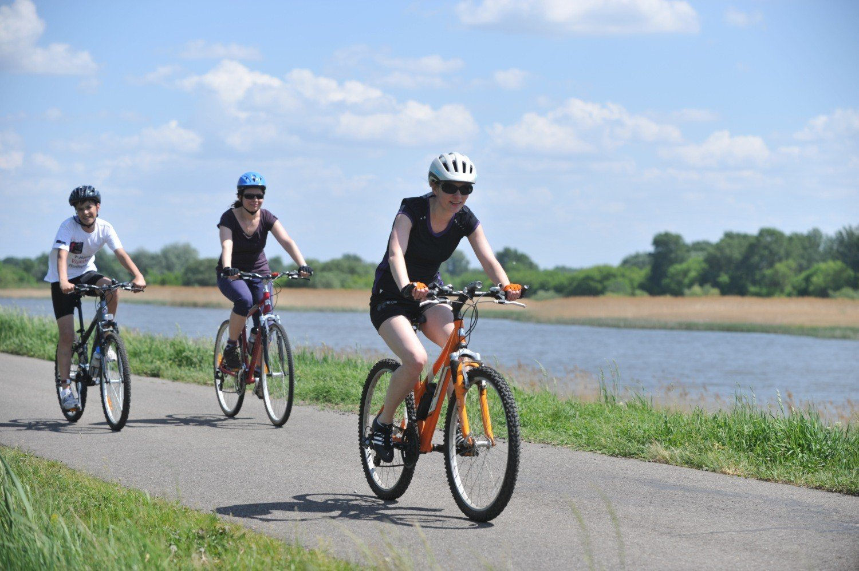 Befejezik a kerékpárutat és két kisebb híd is épül a Tisza-tónál