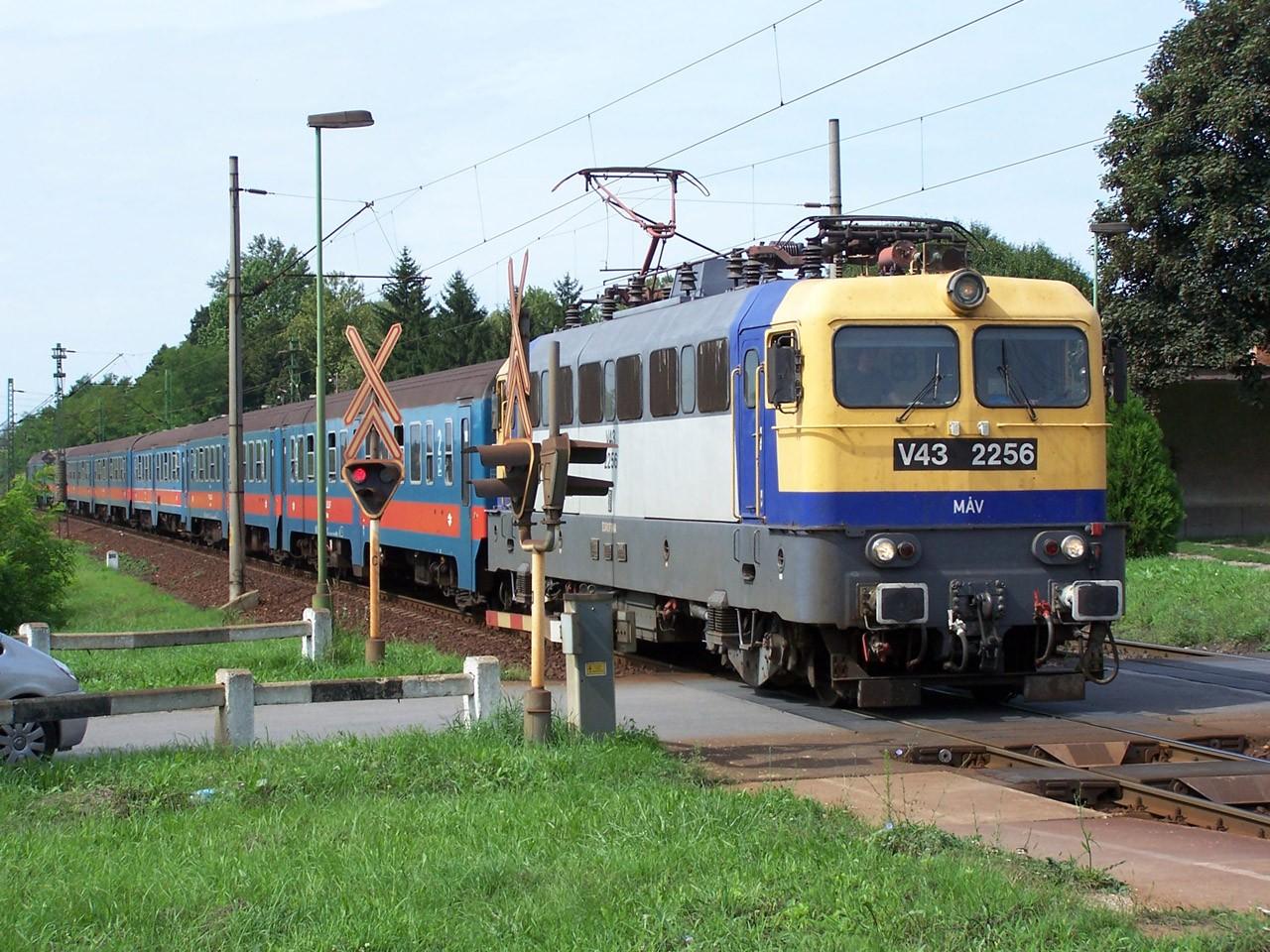 A vasúti menetrendet is érinti a hétvégi munkanap-áthelyezés