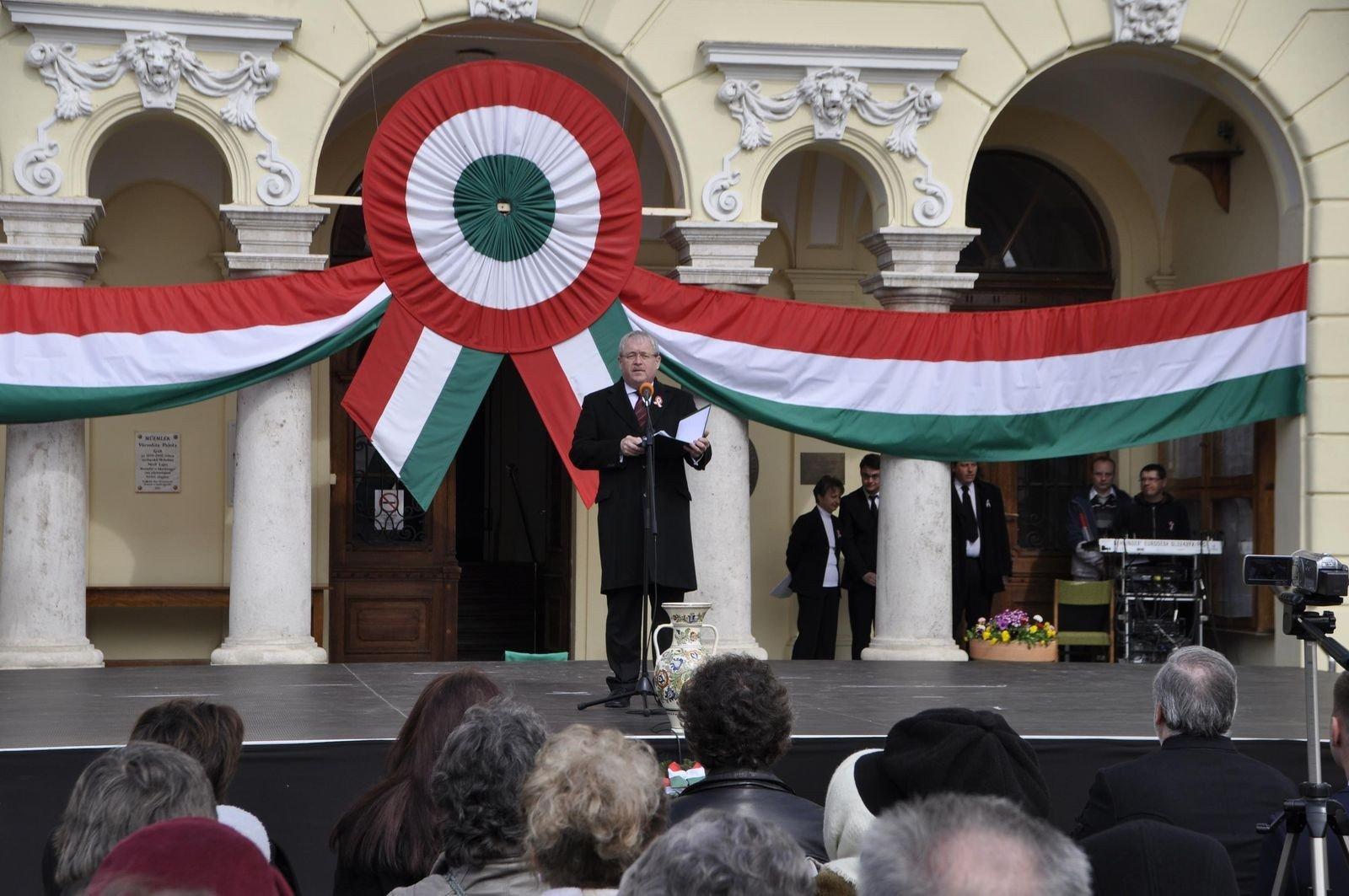 Az 1848-49-es forradalomra emlékeztek a büszke kunok