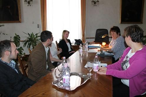 Ösztöndíjasok a kormányhivatalban