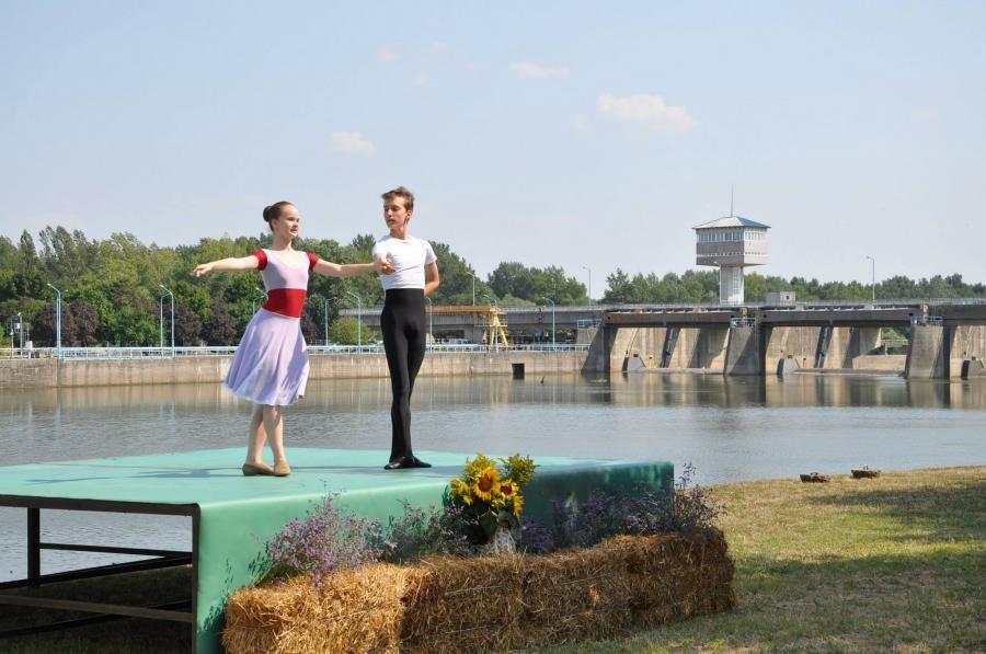 Túrákkal egybekötött minikoncertek és operajóga is lesz a Tisza-tavi fesztiválon
