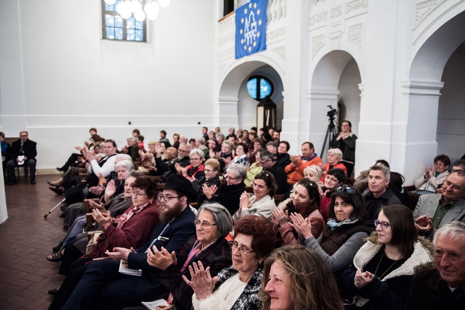 Jász-Nagykun-Szolnok megyében is koncertezik a Fesztiválzenekar
