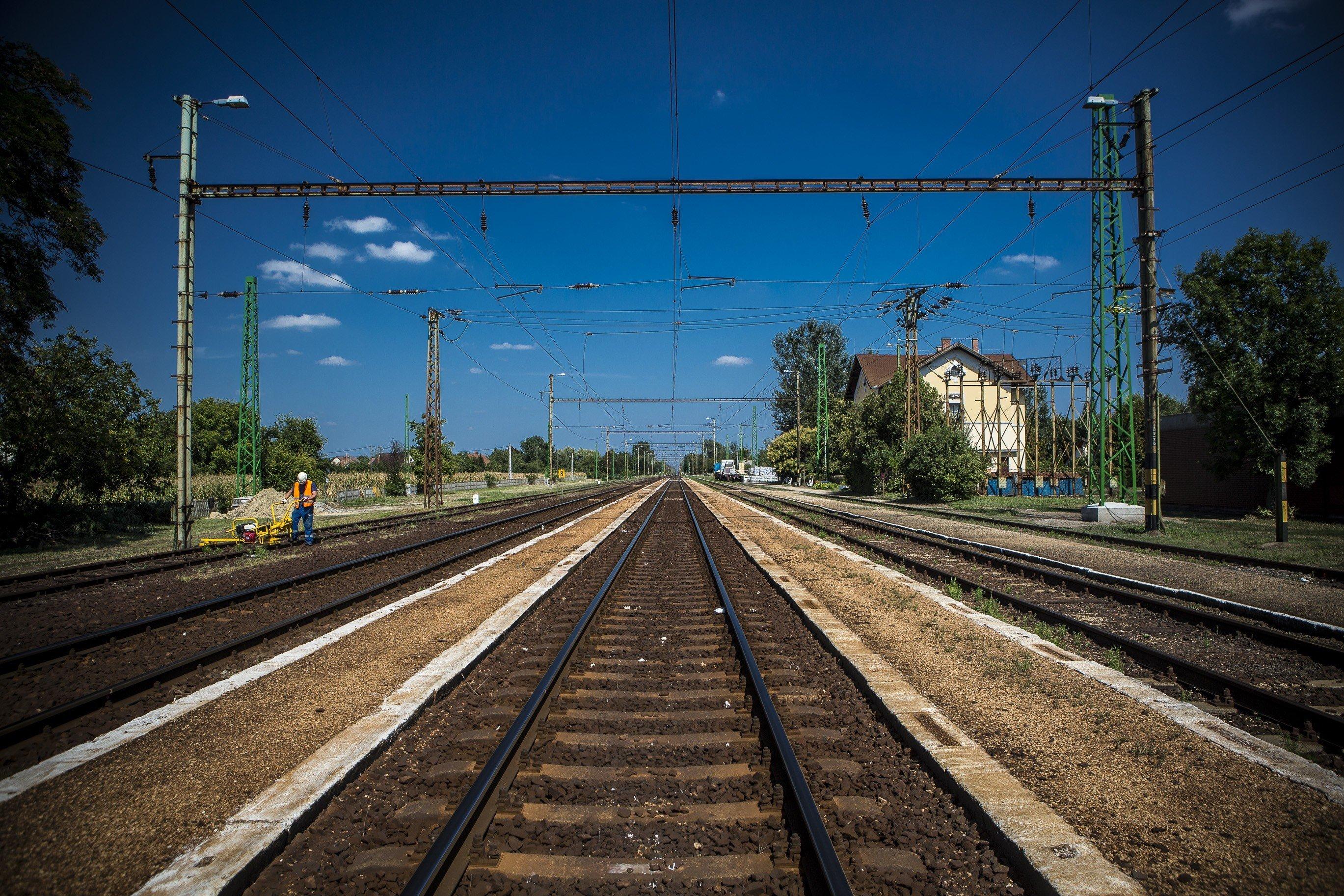 2020-ig 1500 milliárd forinttal támogatja a kormány a vasútfejlesztést