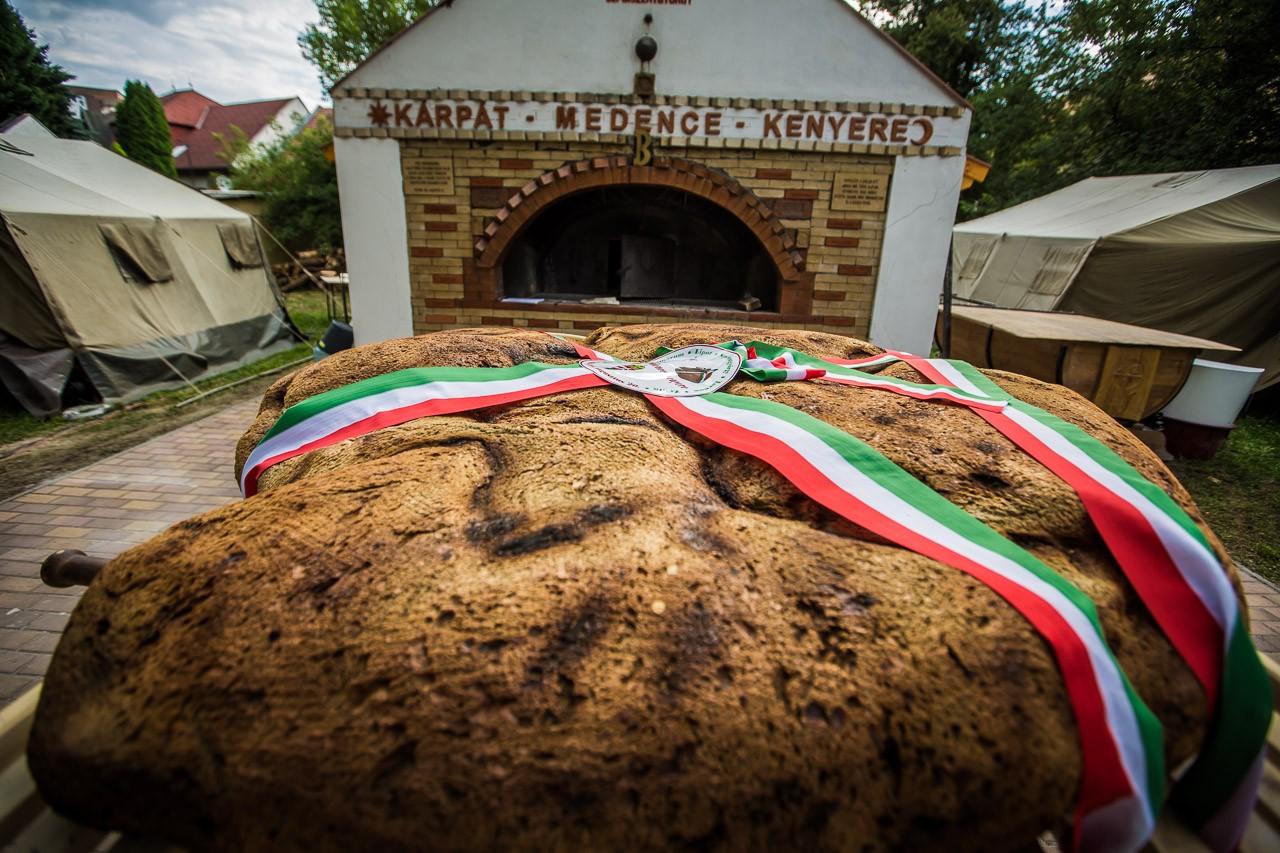Idén is Szolnokon készül a Kárpát-medence kenyere