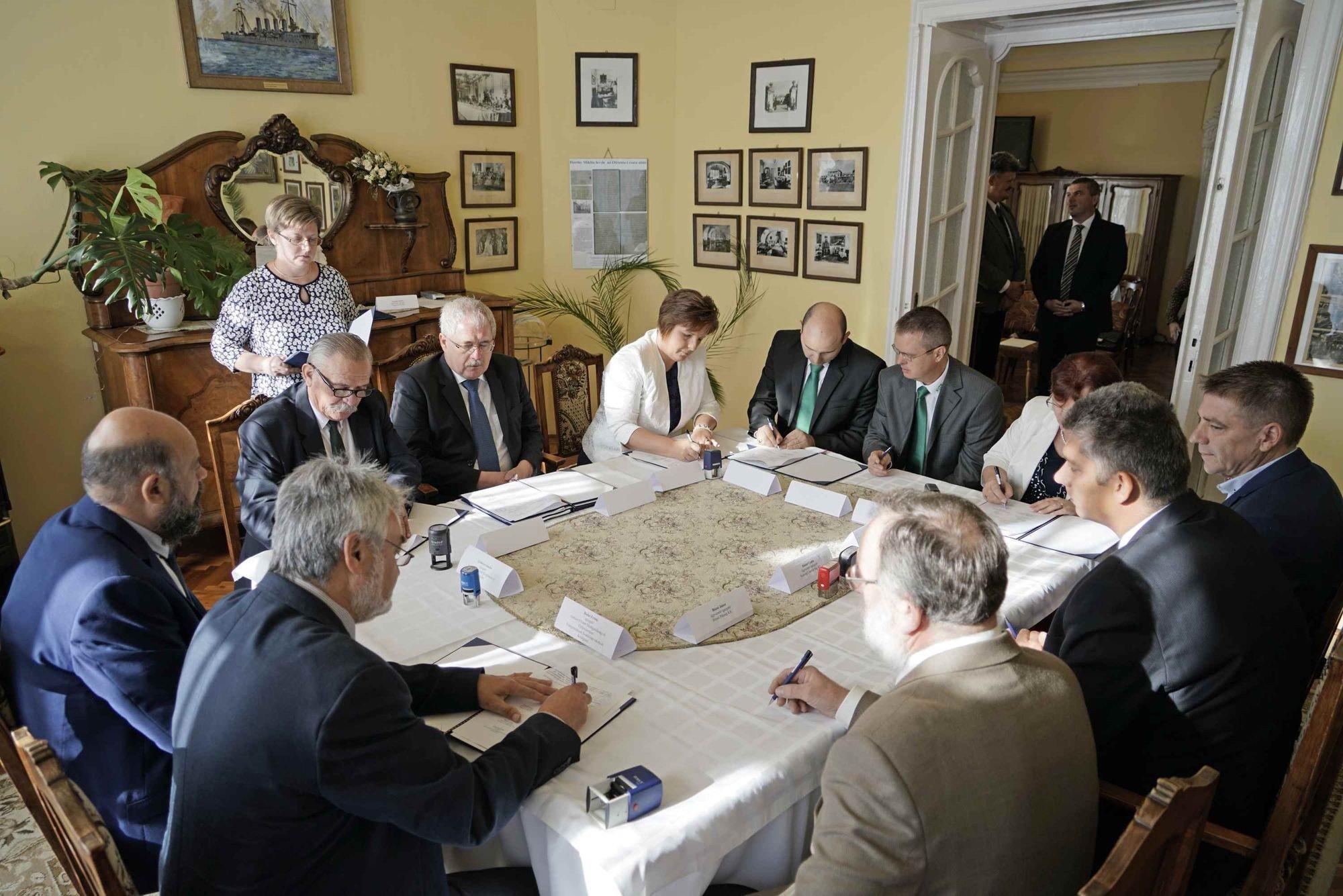 Együttműködési megállapodás az agrárszakképzés Jász-Nagykun-Szolnok megyei fejlesztéséért