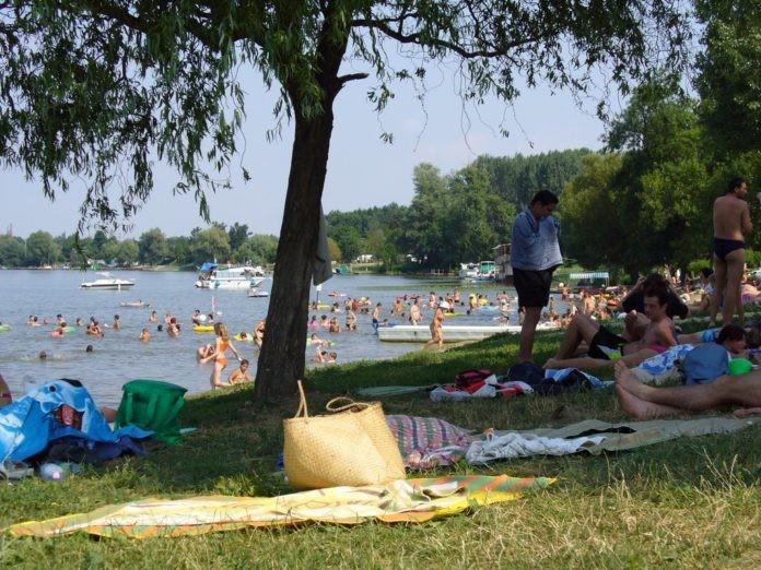 Idén is több tízezren választották a Tisza-tó fővárosát