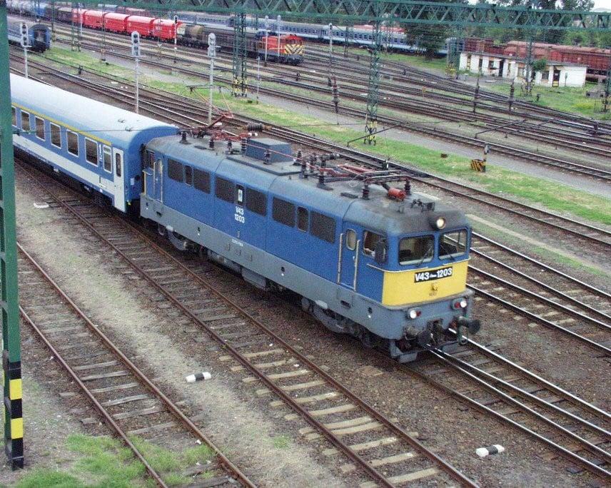 Változik a hatvani és szolnoki vonatok menetrendje ezen a hétvégén