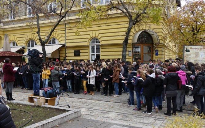 Csaknem ezer gyermek szavalt Szolnokon