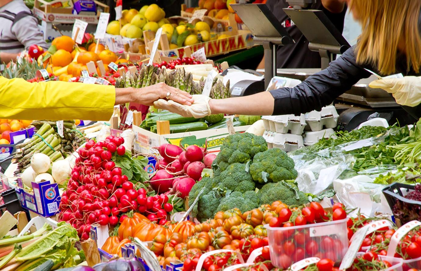 A Jászságban a piacokon ellenőriznek a revizorok