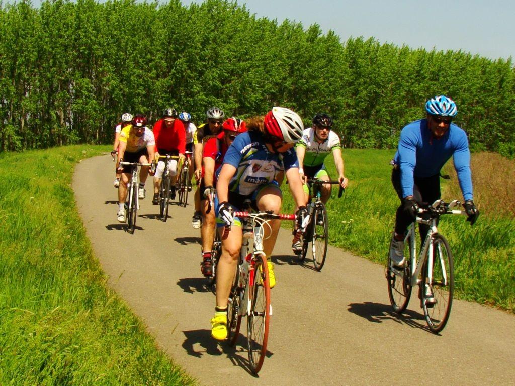Újabb kerékpáros rekord a Tisza-tónál