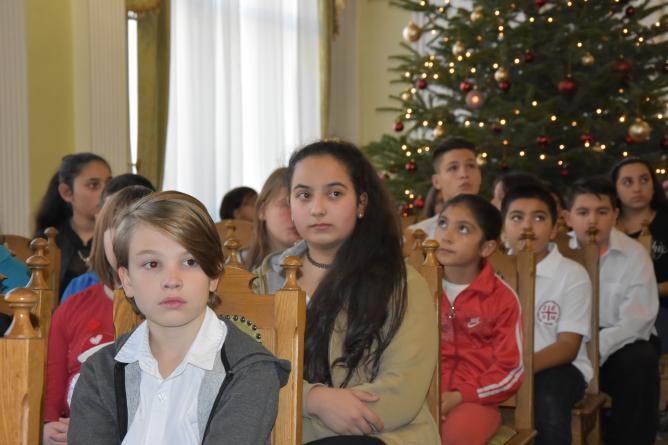 Szolnoki hátrányos helyzetű diákokat jutalmaztak