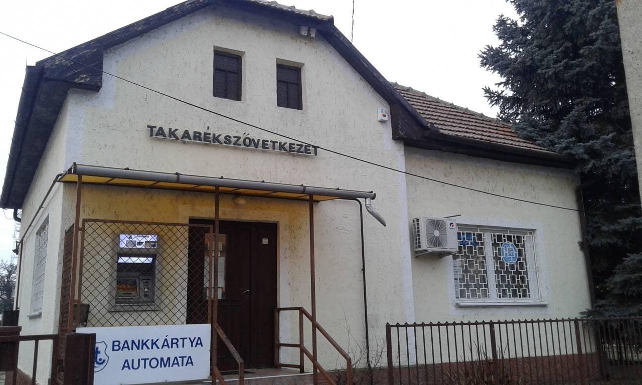 Egyesült négy közép-magyarországi takarékszövetkezet