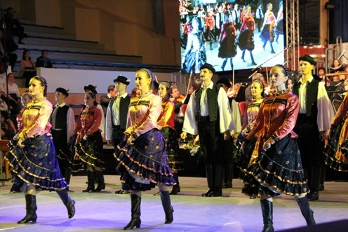 Napszédítők - újévi tánckoncert a szolnoki sportcsarnokban