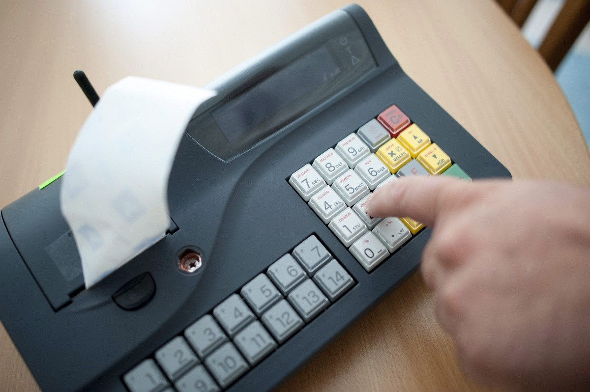 Elkezdte a NAV a tevékenységüket eltitkoló adózók utólagos ellenőrzését ccf32b45bf