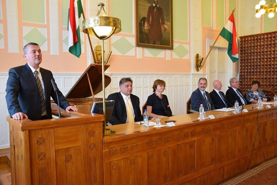 Kovács Sándor is átvette országgyűlési képviselői megbízólevelét