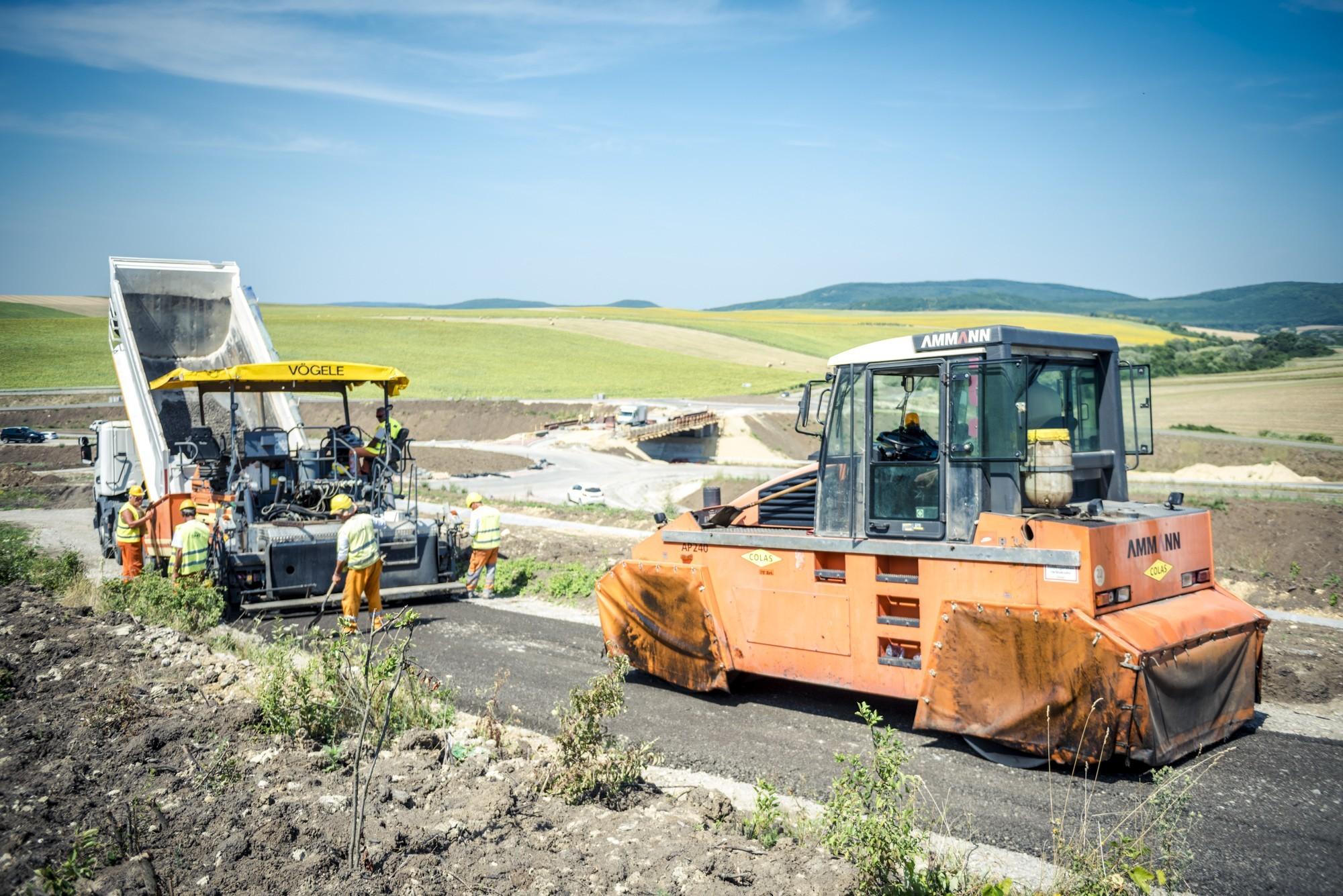 Jász-Nagykun-Szolnok megyében mintegy 126 kilométer út újul meg