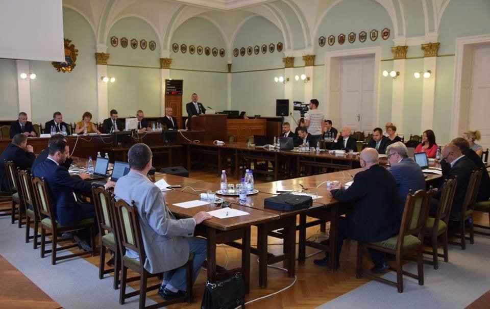 Új elnök és alelnök a Jász-Nagykun-Szolnok Megyei Közgyűlés élén