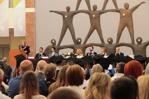 Diplomaátadó ünnepség Szolnokon