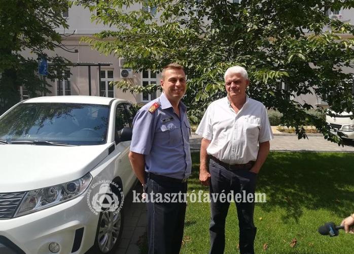 Új autót adott Szolnok a tűzoltóknak