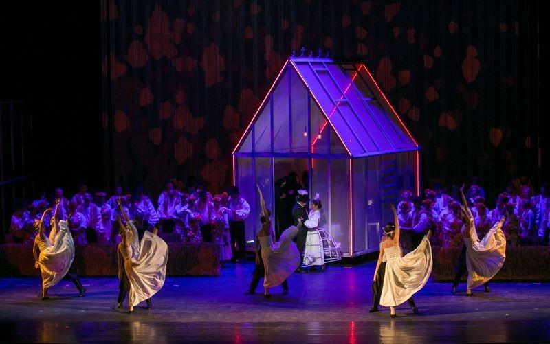 New Yorkban és itthon is turnéznak az Opera együttesei
