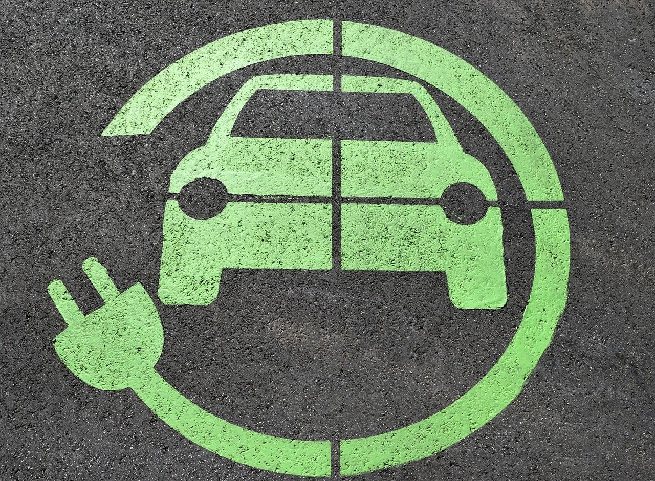 ITM: elindult az elektromos autók vásárlását támogató pályázat
