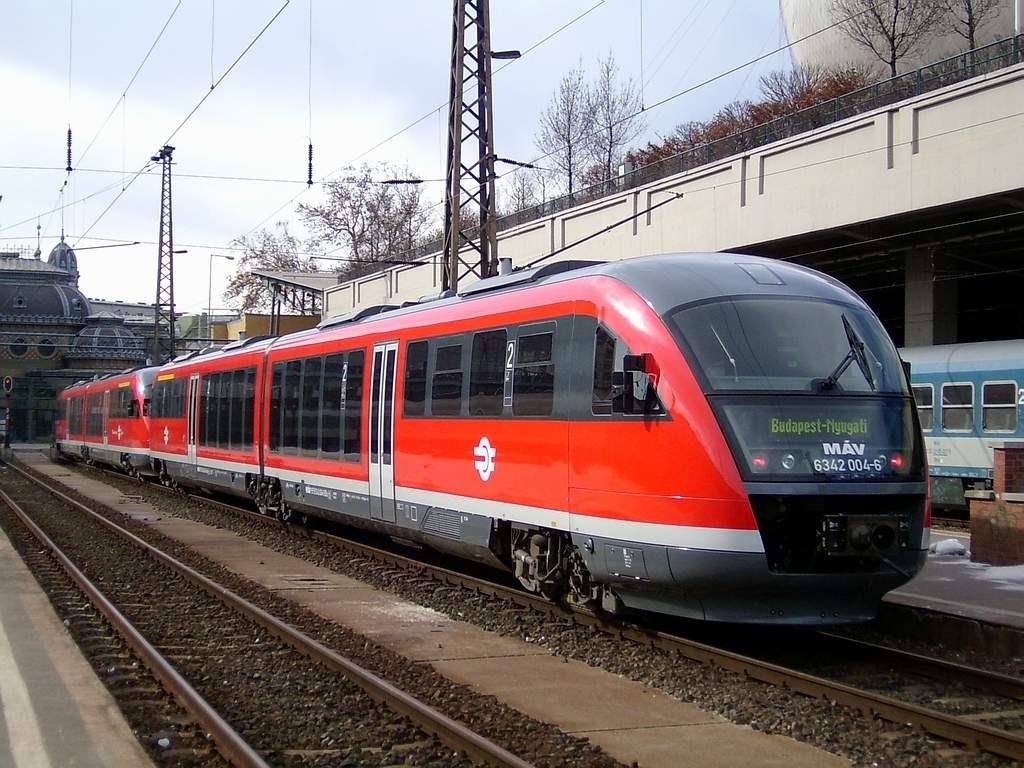 Korszerű motorvonatok bevezetésével fejleszt a MÁV Tiszafüreden