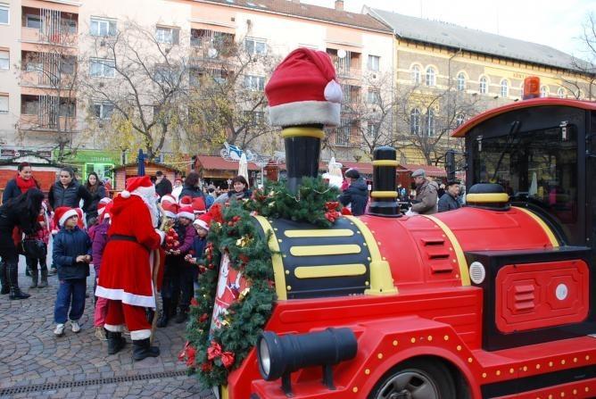 Amit minden kisgyermek vár Szolnokon: érkezik a Coop Mikulás vonat!