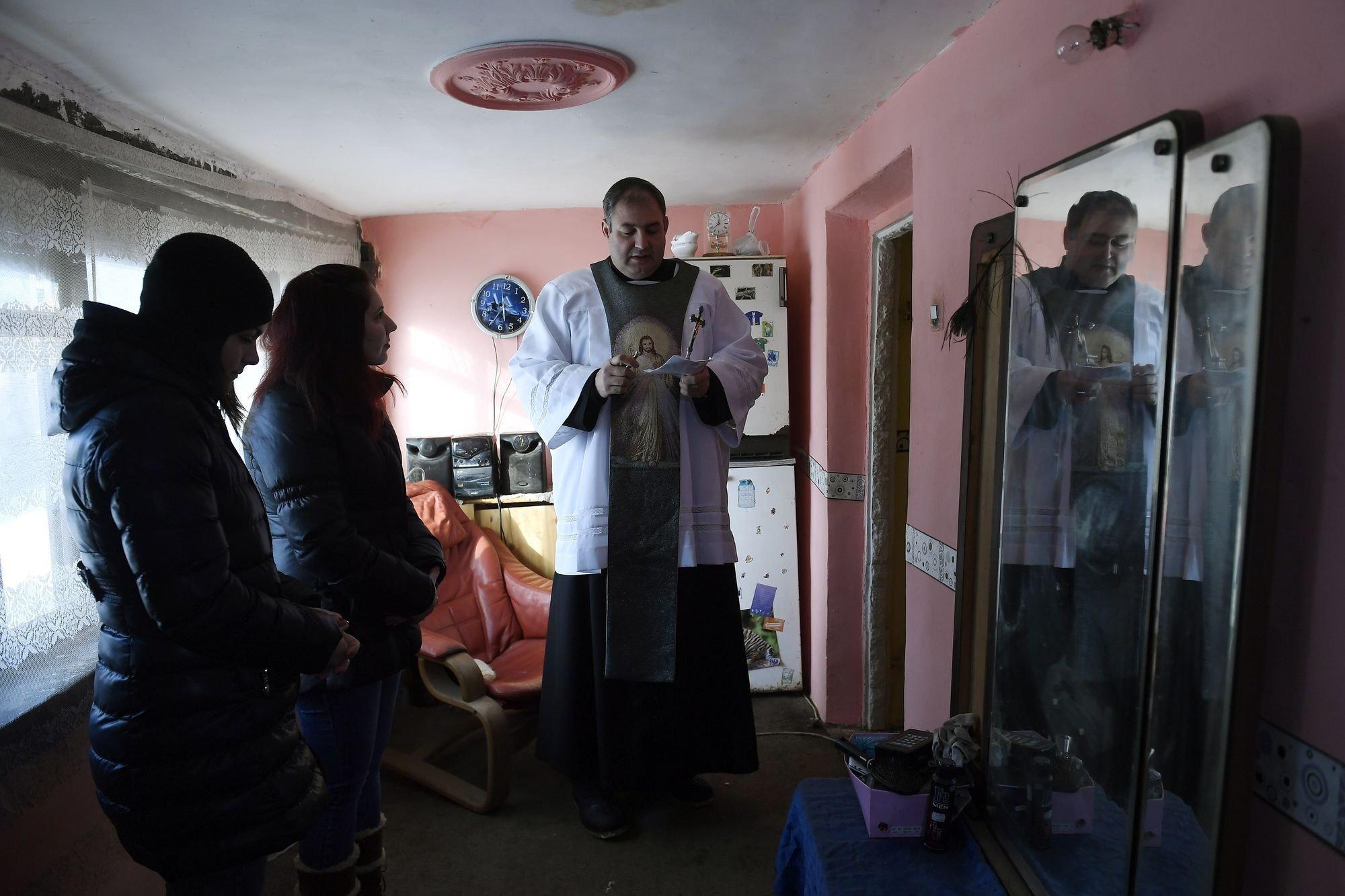 Vízkereszti házszentelés Jász-Nagykun-Szolnok megyei tanyákon