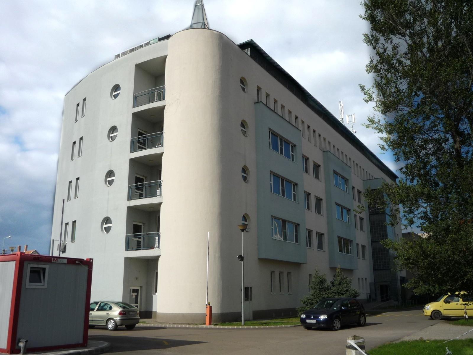 Feloldották a látogatási tilalmat több Jász-Nagykun-Szolnok megyei kórházban