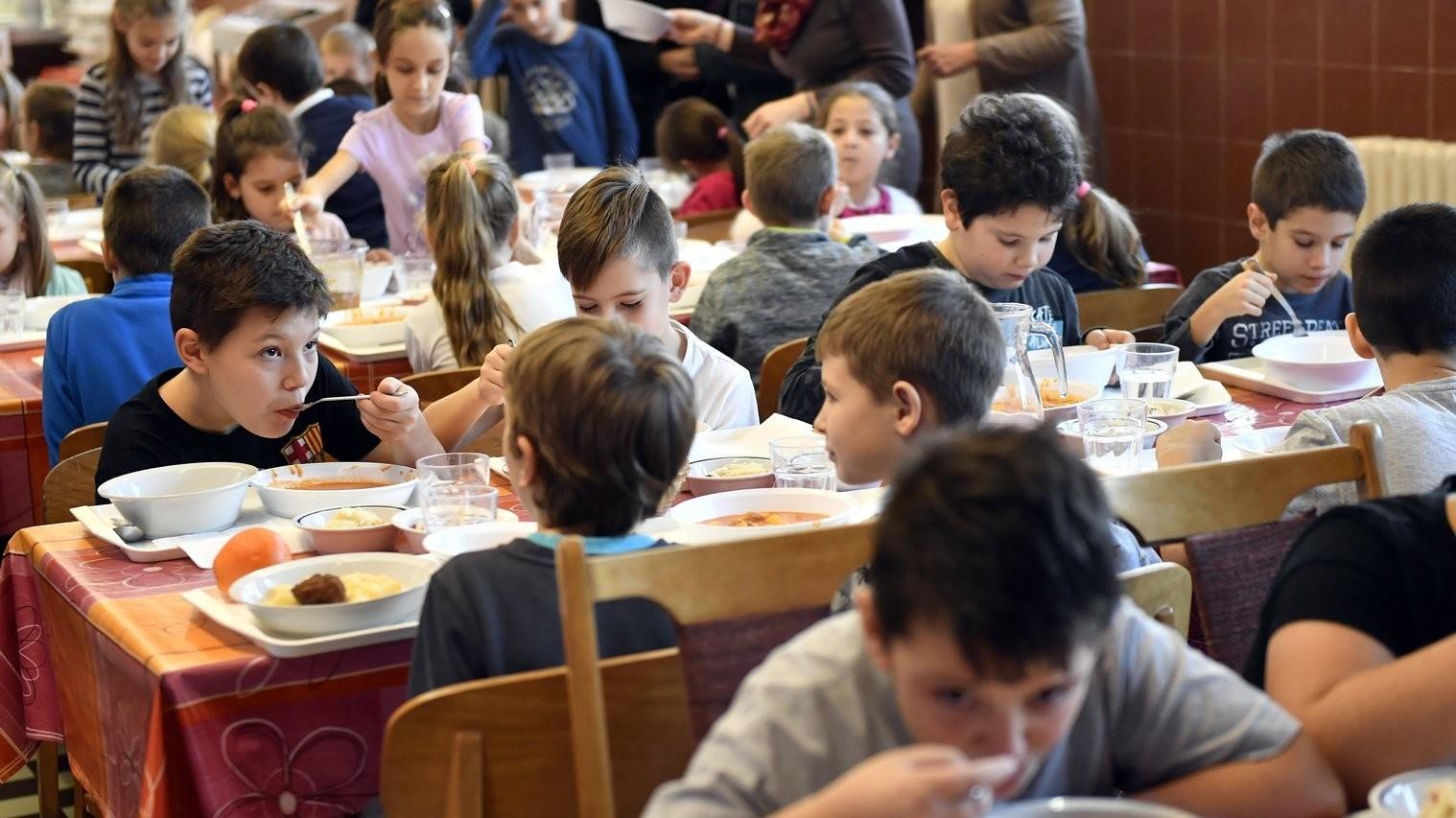 A tavaszi szünetben is igényelhetik a rászoruló gyermekek szülei az ingyenes étkeztetést