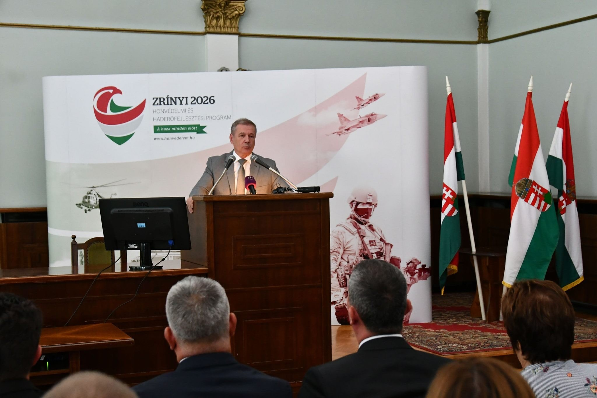 Szükség van az ország biztonságát garantáló erős, korszerű Magyar Honvédségre