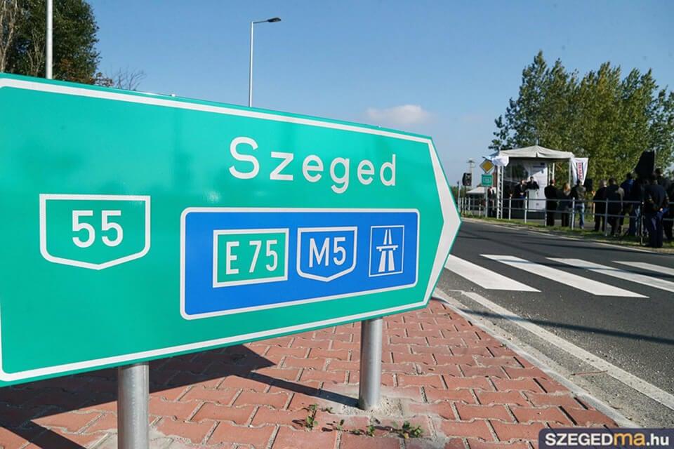 Átadták az 55-ös főút Szeged és Mórahalom közötti felújított szakaszát
