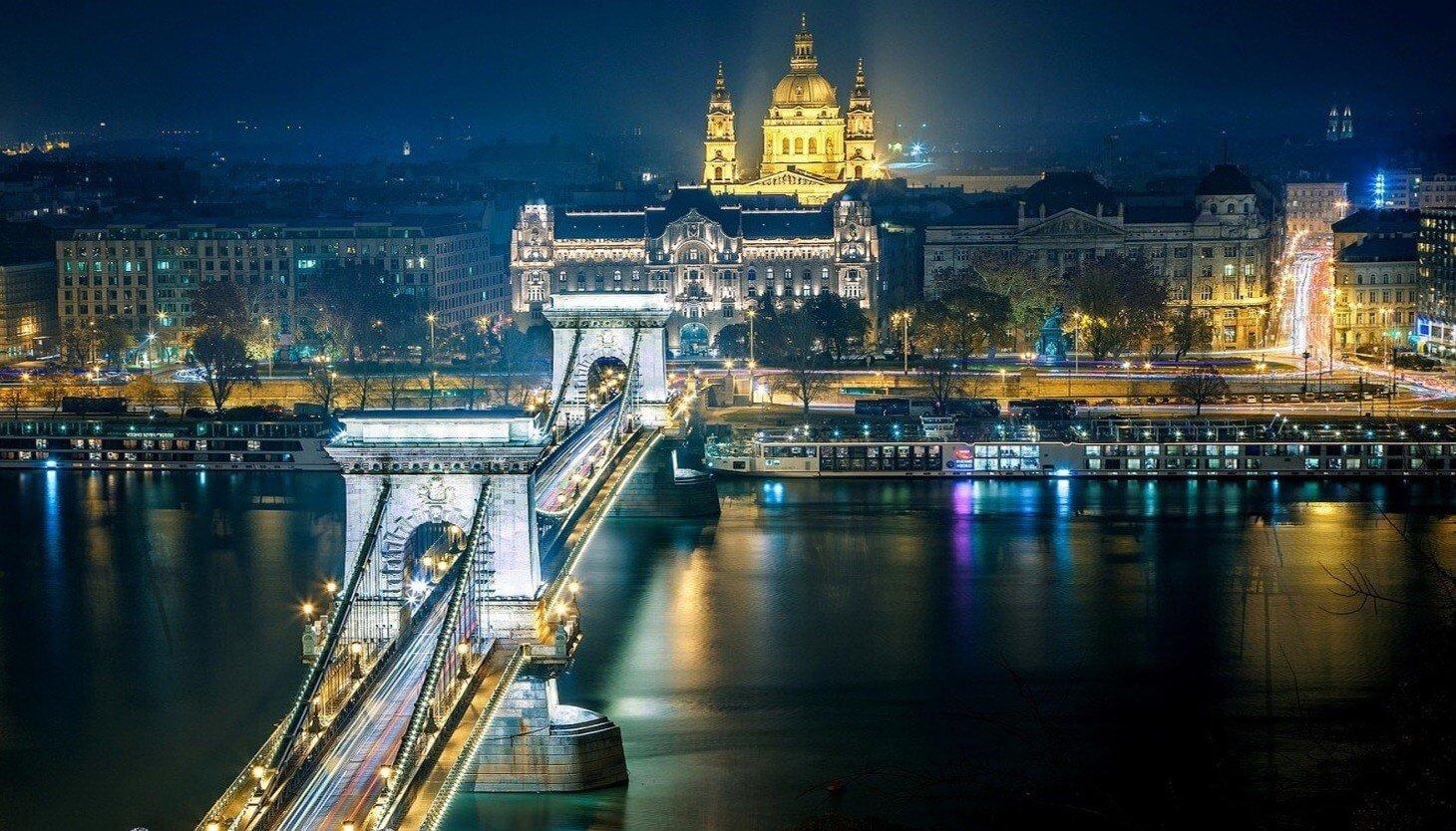Új budapesti híd, háromsávos M1 és M7 - így néz ki az olimpiai terv