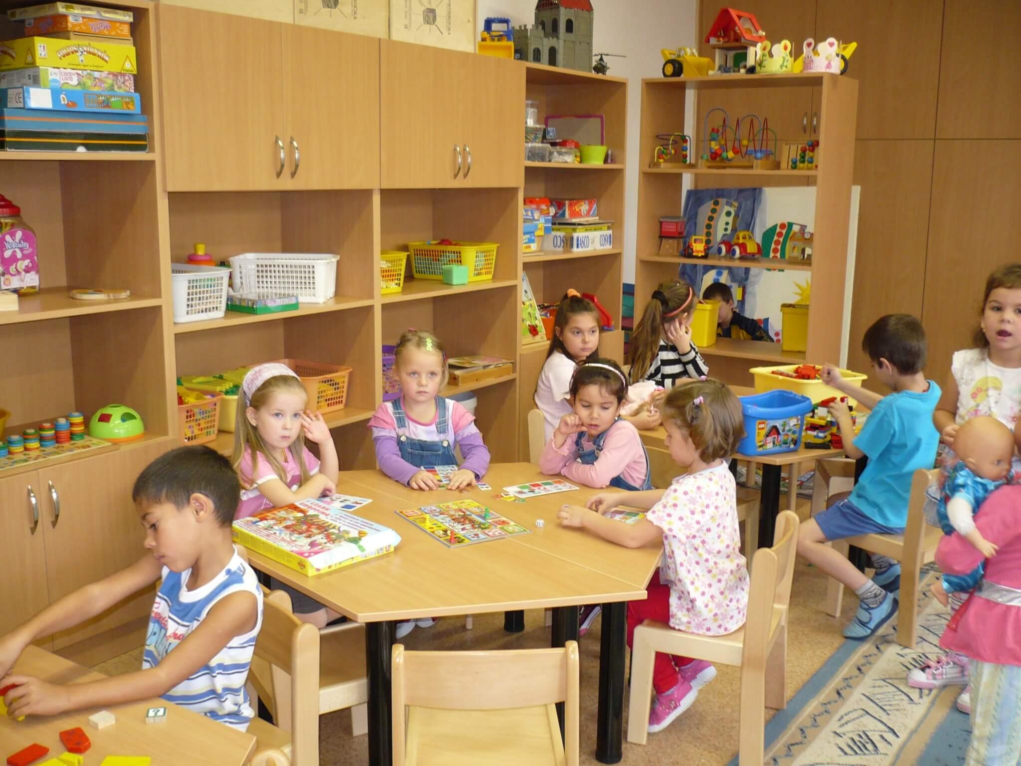 Újabb beruházások Debrecenben: óvodák, utak, rendelők újulnak meg