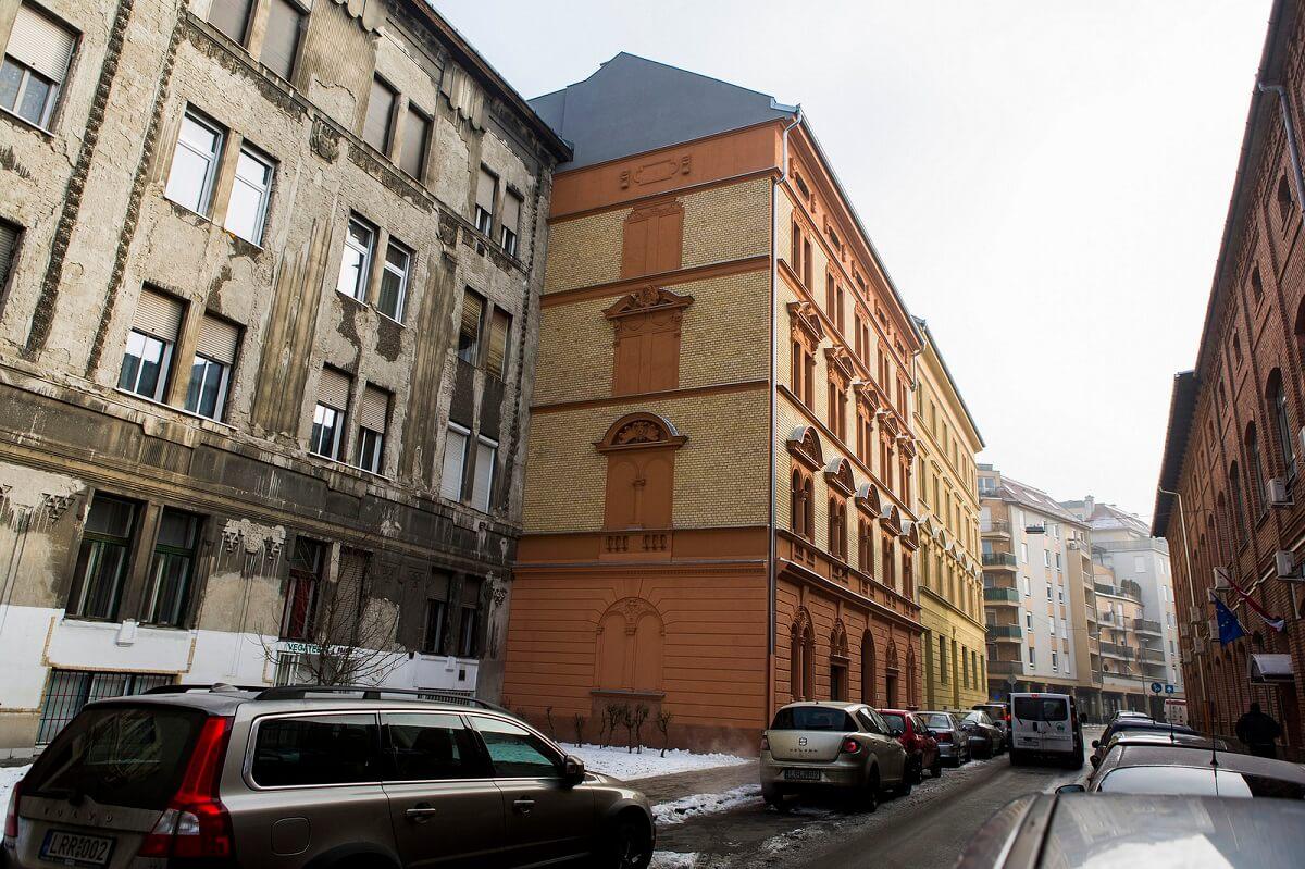 Kevesebben komfort nélkül: újabb 40 lakás készült el a Ferencvárosban