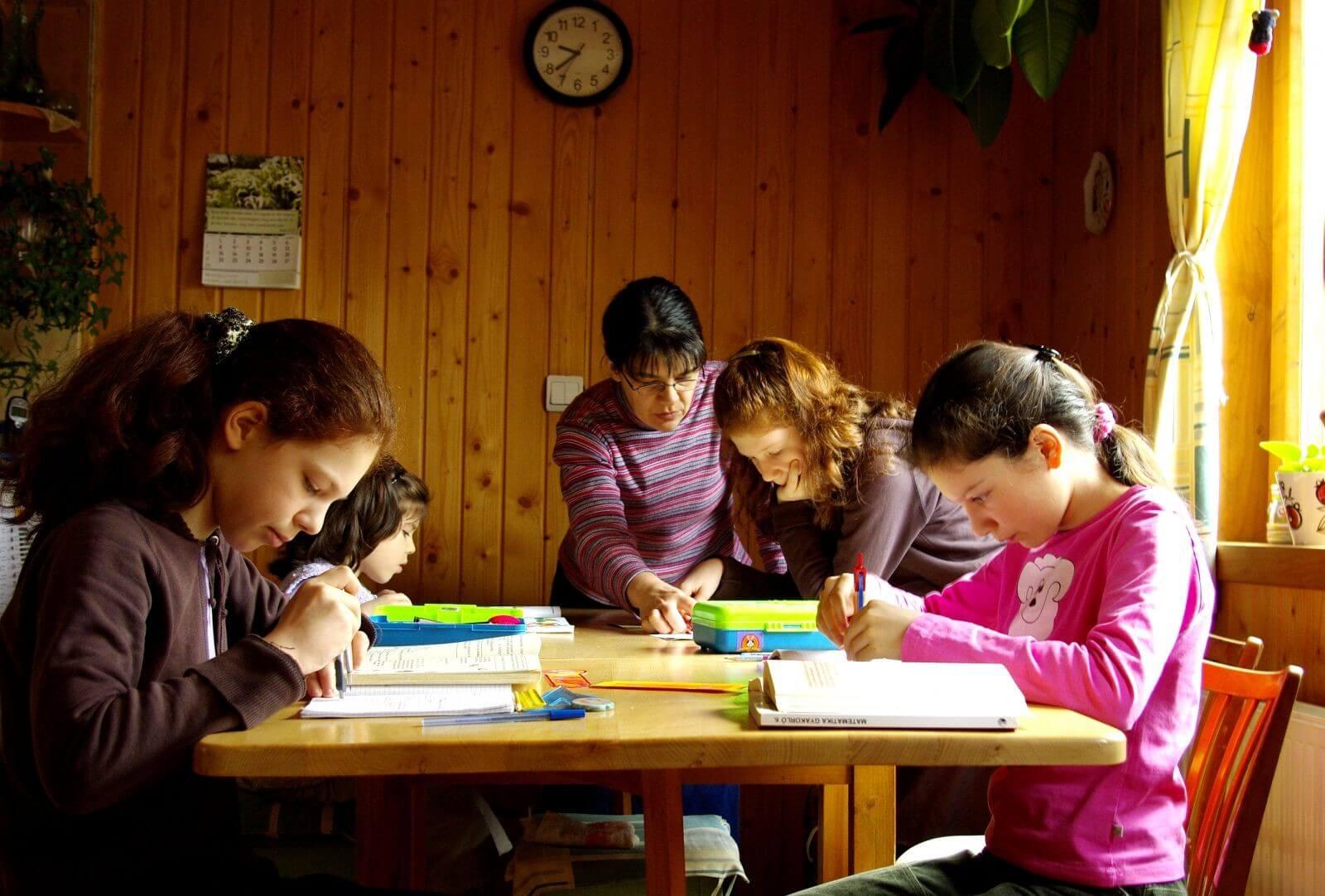A gyermekotthonoknak nyújt segítséget a legfrissebb uniós keret