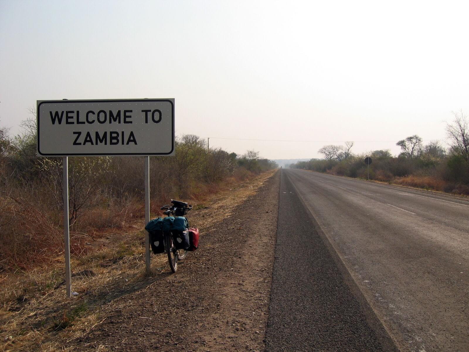 Magyar cég építhet több mint száz kilométeres utat Kongó és Zambia határán