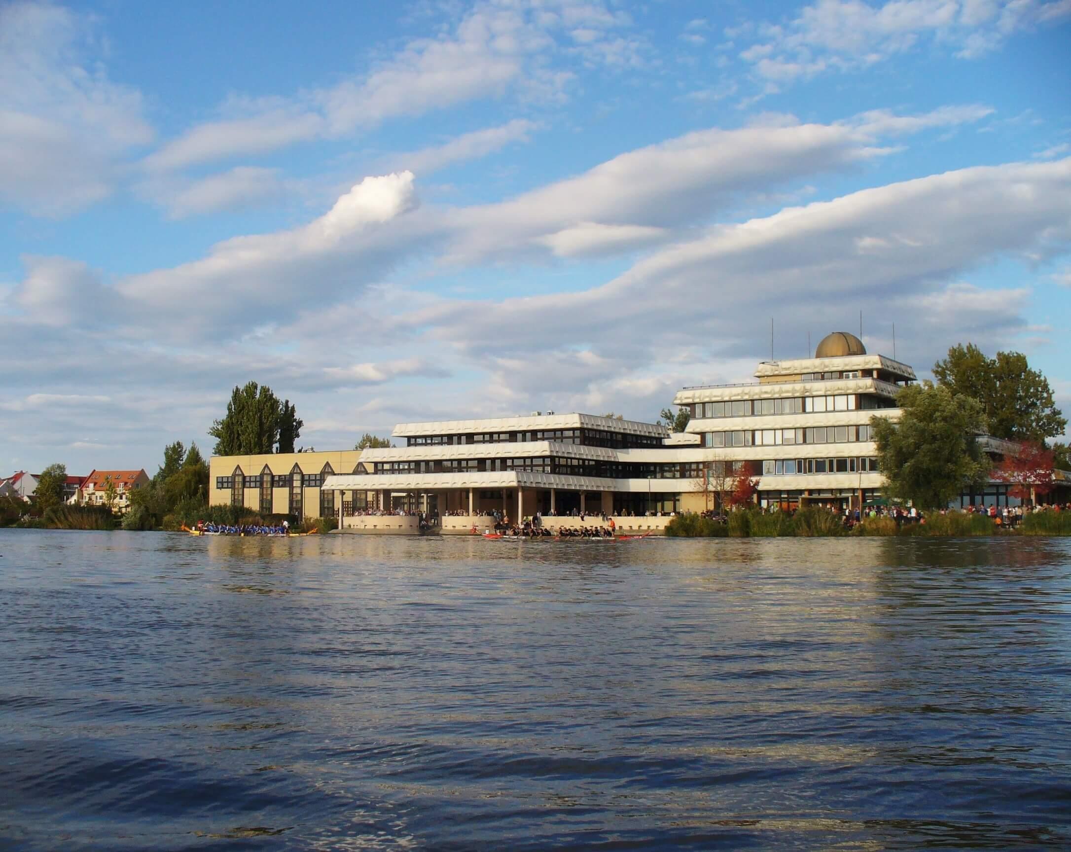 Több mint kétszer annyi pénzből épül meg a székesfehérvári campus