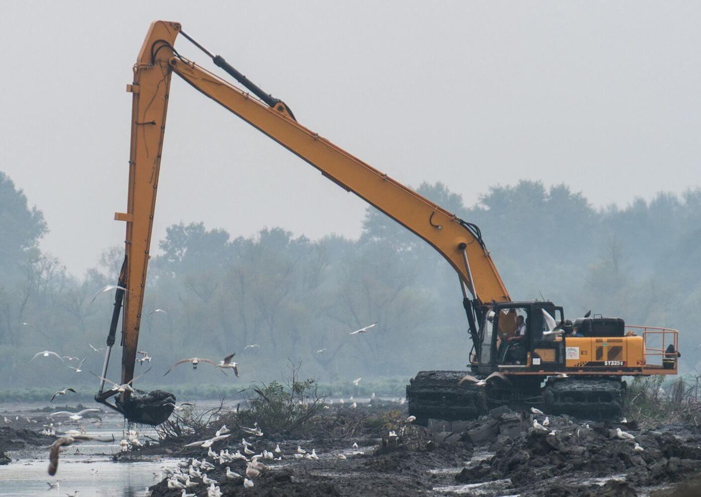 Fontos környezetvédelmi beruházást kezdett a Békés Drén Tiszaalpáron