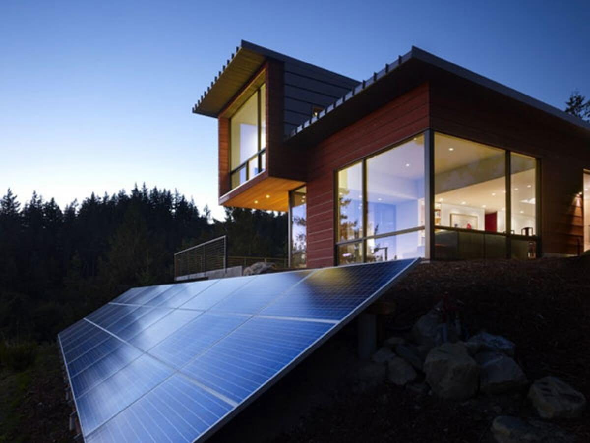 Gazdaságos és építészetileg is igényes - a jövő napenergia megoldásait keresik