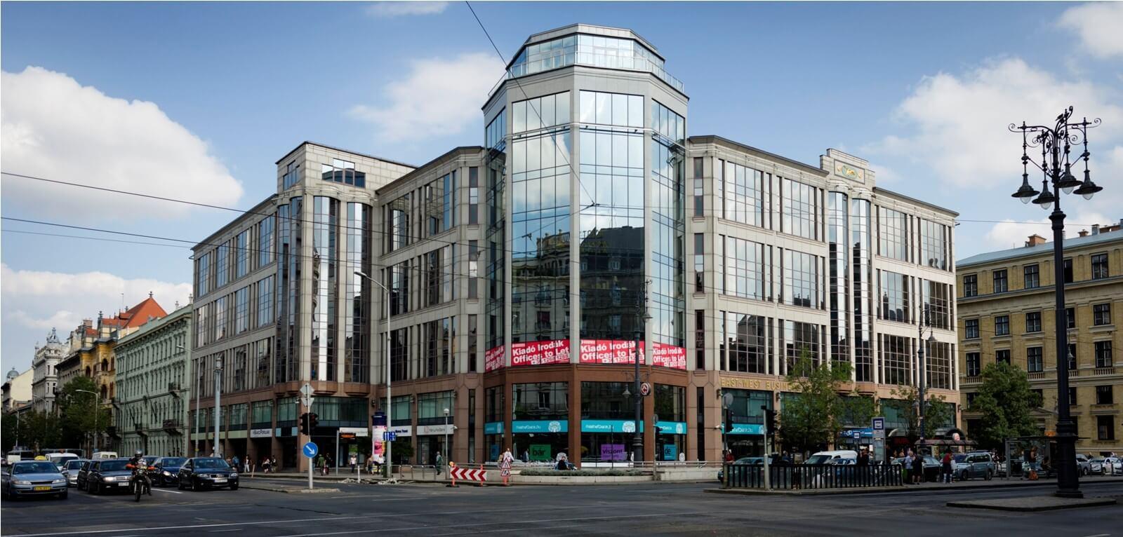 Új homlokzatot kap Budapest második legrégebbi irodaháza