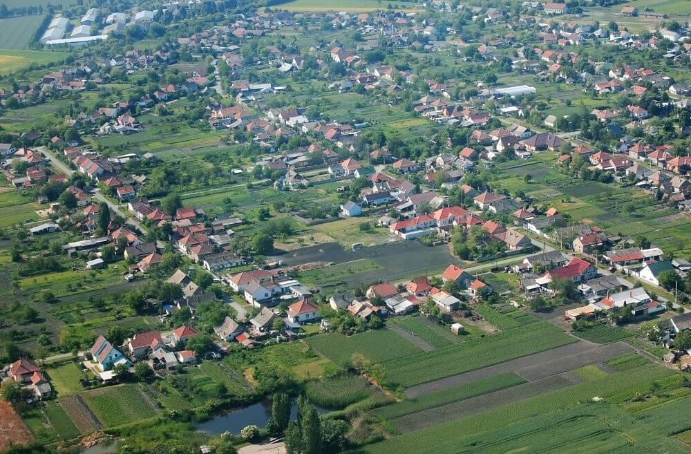 Műanyagfeldolgozó épül Csongrád megye új ipari parkjában