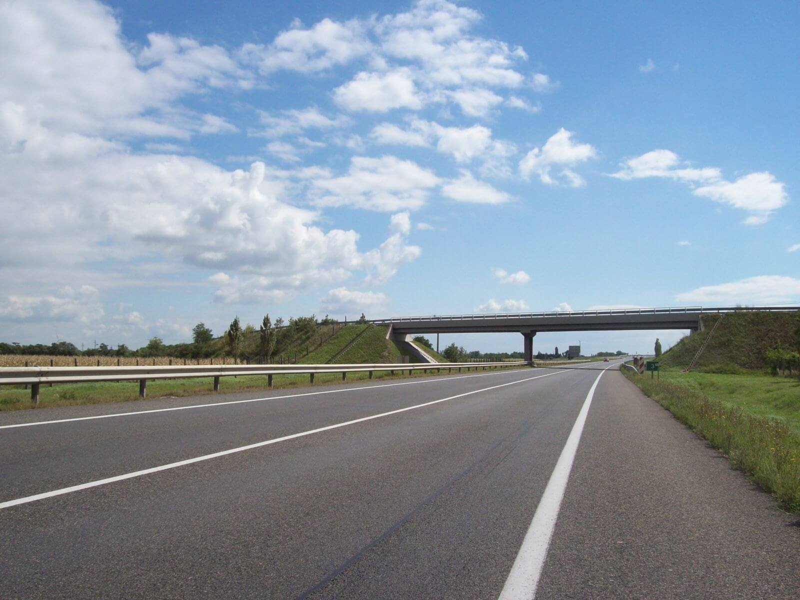 Monitor alá kerül az M6-os autópálya befejező szakasza