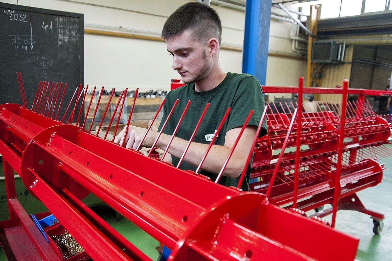 Csornai és tamási telephelyét is bővíti a magyar alkatrészgyártó