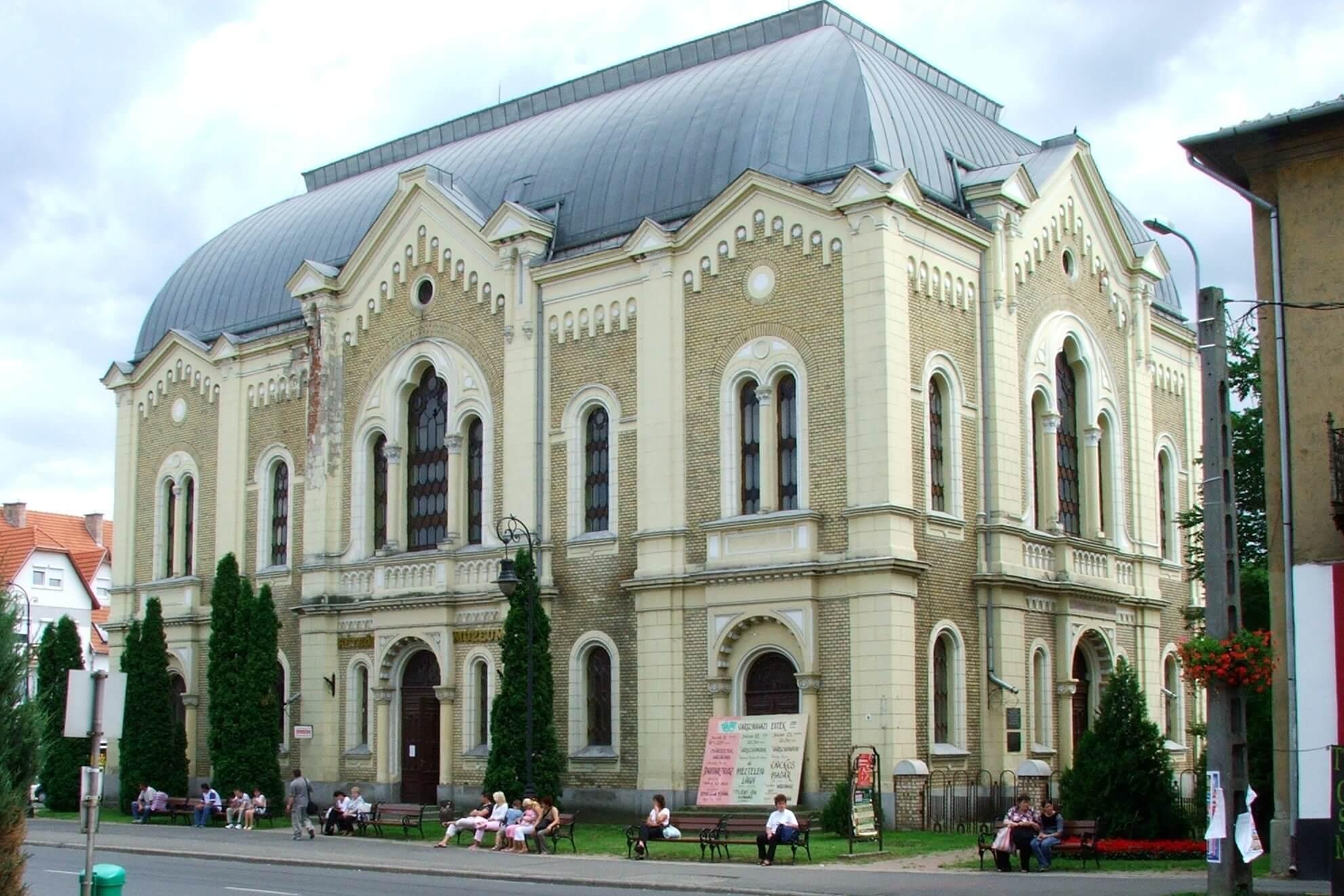 Az ország legjobb bádogosai által újult meg Kisvárda múzeuma