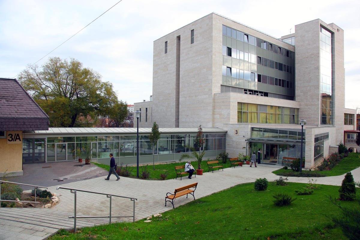 Folytatódik az Onkológiai Intézet energetikai felújítása
